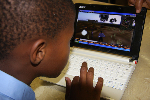 Child at Tiisetso Bekezela School trying out the 3D virtual learning environment