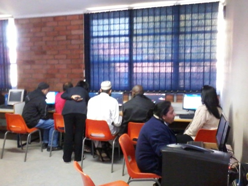 Teachers attendind 3D virtual learning training in Lenasia, South Africa